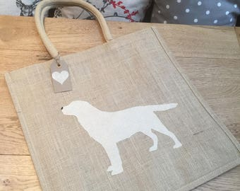 Luxury jute shopping bag featuring a Yellow Labrador dog design, the perfect gift for Labrador owners and dog lovers alike