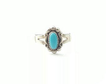 Vintage Sterling Silver and Turquoise Native American Bell Trading Company Ring- Size 6