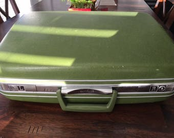 Vintage Samsonite Jet Green Suitcase In Excellent Shape