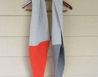 Color Points Scarf