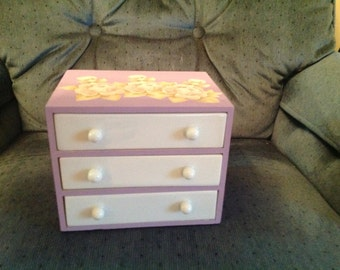 Girls jewelry and trinket box