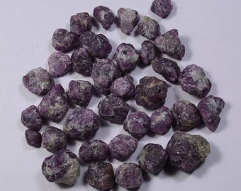 Beautiful  Corundum, Crystal  from pakistan For Wire  Wrapping