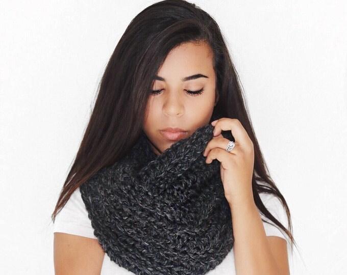 Infinity Scarf // Chunky Knit // Madeline Scarf // Crochet Scarf