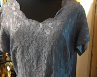 Vintage Lavender Lace Dress!