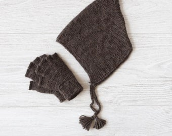Pixie hat and mittens set for children, knitted in baby alpaca
