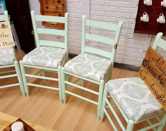 Beautiful kitchen chair set, Mothers day gift, Dining chairs, Upholstered farmhouse chairs, Farmhouse style chairs, Vintage chair set of 4