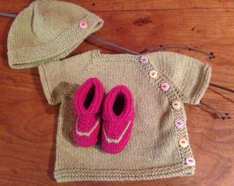 All unisex birth: cardigan, bonnet and booties
