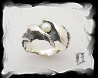 925 sterling silver woman ring with pearl, engravings | #112