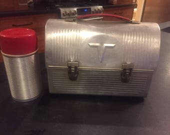 "Vintage dome top metal lunch pail and thermos red handle and cup ""V"" The American Thermos Products Co."