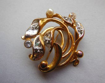 Vintage 1980s Lilies Brooch signed Movitex