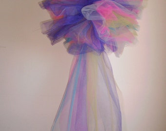 Tulle Pom Pom, Tulle Poof, Tulle Ball, Tulle Pom Pom with Tail, Birthday Party Decorations, Girl's Room, Baby Shower, Wedding Decorations
