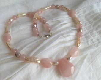 SPECIAL OFFER! 20% OFF Rose Quartz and Freshwater Pearl Gem Pendant Necklace