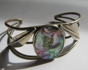 Vintage abalone cuff bracelet. Silver leaves. Boho bracelet, beach bracelet, summer jewelry, hippie bracelet, vintage jewelry, smaller wrist