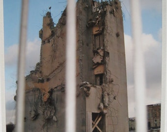 Photo-image-Berlin-Palace of the Republic-demolition-ruin-view through the fence-GDR-past-photo 13x18cm in Passepartout 18x24 cm