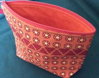 Handmade Makeup Bag. Cosmetic bag. Red and orange cotton makeup bag. Ready to ship