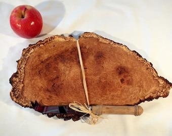 Burr acacia cheeseboard with acacia cheese knife