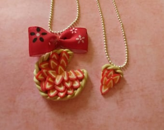 Necklaces mother/daughter strawberry pie