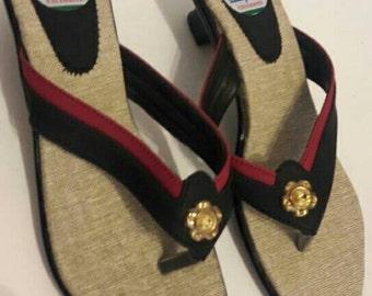 Vintage 1960s Glam Pinup Thong Sandals Black Red 38