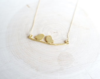 Two love birds gold pendant necklace with 14k gold filled chain, mama bird and baby bird pendant necklace, gold bird pendant necklace