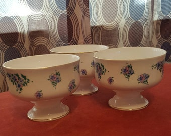 Royal Victoria Bone China Pedestal Bowls