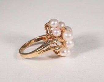 14K Yellow Gold Pearl and Diamond Chip Ring, 4.9 grams, size 5.5
