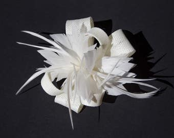 White Classic Feather Flower Fascinator Clip and Brooch