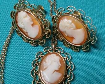 Vintage Krementz Cameo Necklace And Screw Back Earring Set