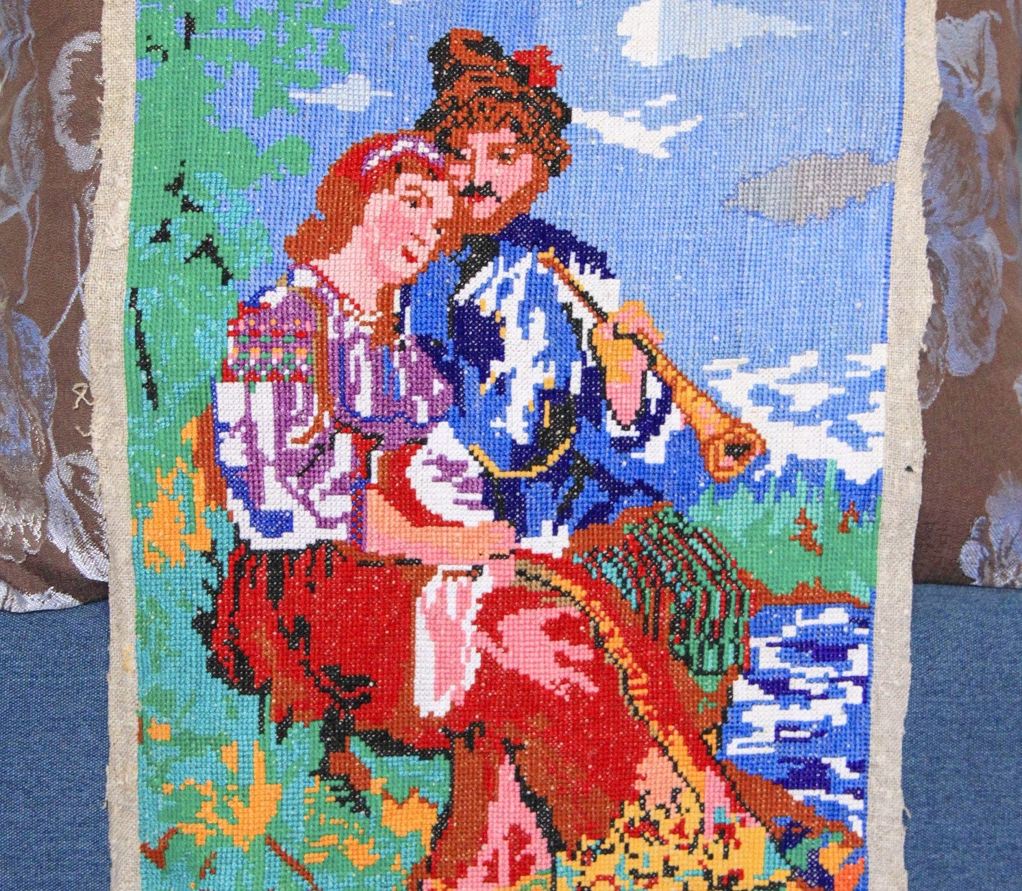 Vintage ukrainian embroidery large embroidered picture