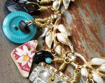 Vintage Upcyled Charm Bracelet, Salvaged Vintage Jewelry, Repurposed Buttons, Cottage Chic, Boho Style