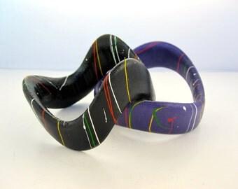 "2 bracelets wooden ""dripping"" - 80s"
