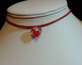 Red Sweetheart Choker