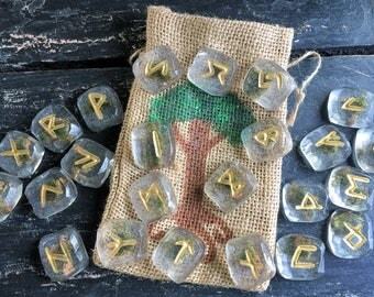 Álfheimr Elder Futhark Runes,Moss Ice Runes,Elder Futhark Rune Set,Norse Mythology Runes,Resin Handmade Rune Set,Resin Furthark Runes