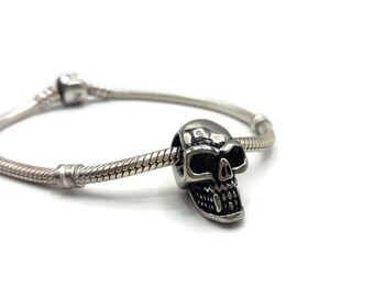 Pearl stainless steel skull charms. Bead compatible Pandora - large hole 4 mm - Halloween-A141 style bracelet