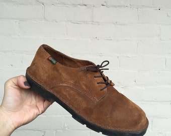 Vintage Brown Suede Oxfords by Hush Puppies, size 6.5, suede shoes, oxfords, suede oxfords, women's oxfords
