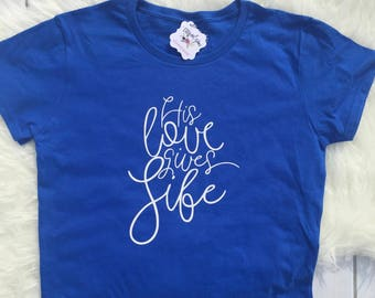 Christian Shirt for Women|Easter Shirt|Scripture Shirt|Women Jesus Shirt|Love Gives Life Shirt|Cute Christian shirt