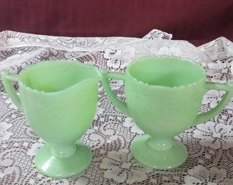 Vintage jadeite sugar and creamer set. Pedestal