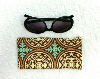 Quilted sunglasses case, geometric sunglasses pouch, sunglases case, glasses case, sunglasses storage, handbag accessories, quilted storage