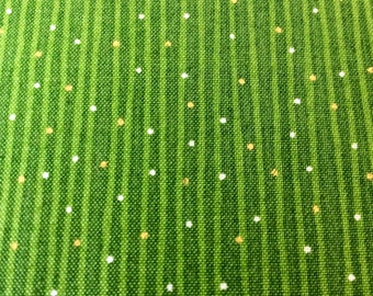 Green fabric, St Patrics day, green cotton, christmas fabric, festive fabric, 1 Metre Christmas Fabric in festive Green
