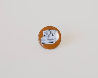 Pinback button Camera illustration