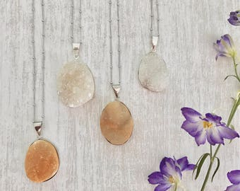 Druzy Pendant Necklace // Silver Handmade Necklace // Gemstone // Simple Jewelry // Long Necklace // Peach + White Druzy Agate Gemstone