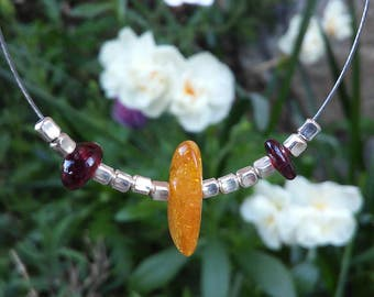 Amber and Garnet Choker necklace