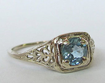 Antique Vintage Art Deco Filigree Sapphire Ring 14 kt