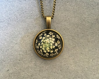 White Queen Anne Lace in a Dainty Cabachon Antique Bronze Bezel, Resin Pendant, Resin Necklace, Pressed Flower Jewelry