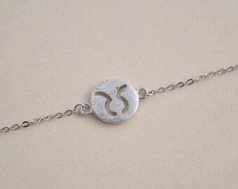 personalized zodiac bracelet taurus brith sign charm bracelet silver delicate bracelet bridesmaid bracelet