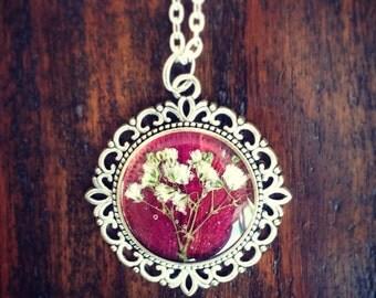 Gypsophila & tulip pendant
