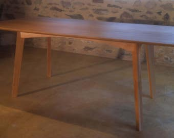 Mid-Century-Modern Dining Table in Beech and Cherry