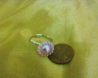 Purple flower cabochon ring