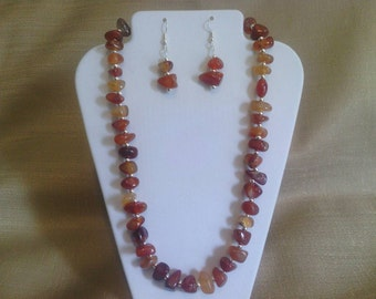 304 Natural Amber Agate and Silver Plated Beaded Choker