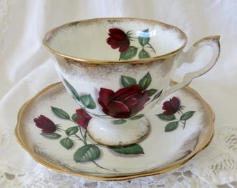 Royal Standard Fine Bone China Footed Teacup and Saucer Red Velvet Pattern 3215