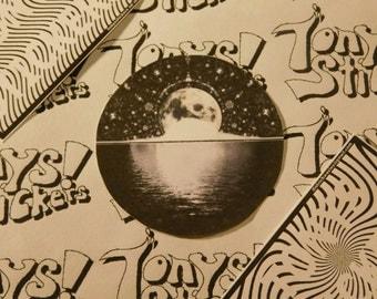 "Cool ""Moon"" Graphic Laptop Sticker!"